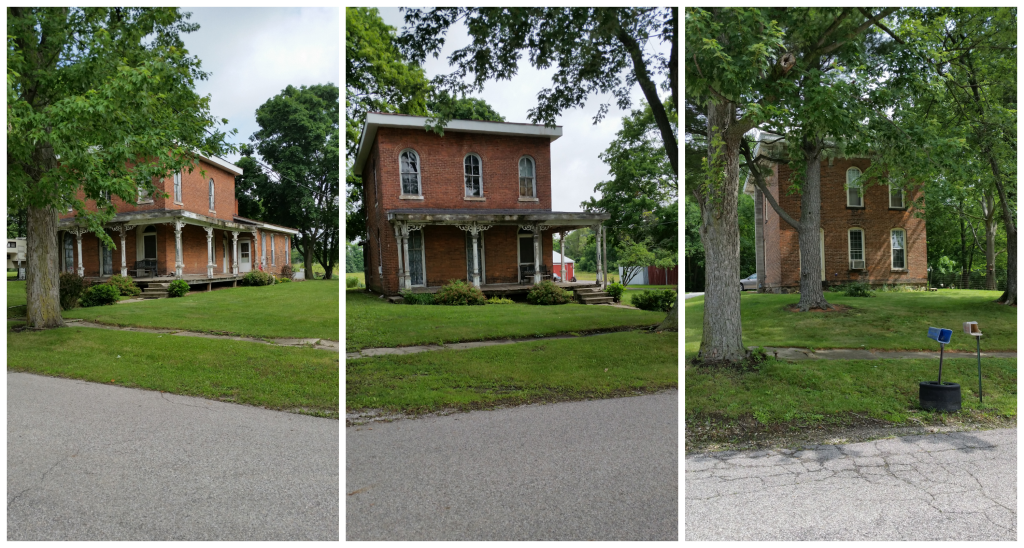 Check out these cool old houses I had no idea existed. I hope they get repaired soon so they don't get too dilapidated to fix.
